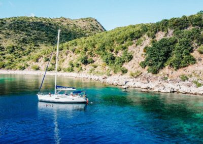 Private Snorkeling and sailing yacht charters in St Kitts & Nevis